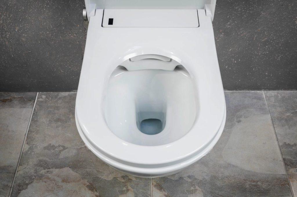 Come togliere il calcare ostinato dal WC - Idee Bagno